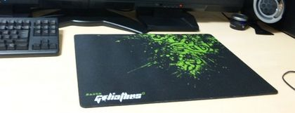 Razer Goliathus Fragged Alpha Speed  L 4.JPG