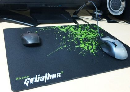 Razer Goliathus Fragged Alpha Speed  L 6.JPG